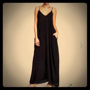 NWT Love stitch Maxi Dress Black!